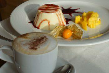 Espresso mit Panna Cotta geniessen...