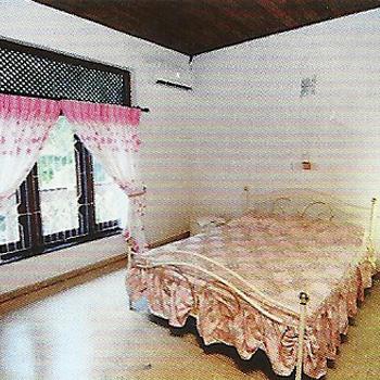 """Schlafzimmer 2 der Ferienwohnung """"Home Maria"""""""